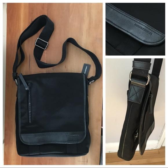 Banana Republic Other - Banana Republic Men s Messenger Bag, Nylon Leather 790598b7ce